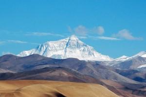Джомолунгма — высочайшая гора на Земле
