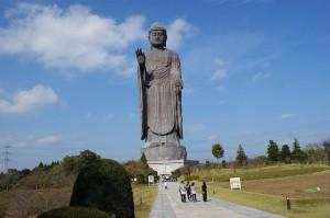 Статуя Будды Усику Дайбуцу – самая высокая статуя в Японии