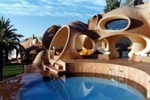 Дворец пузырей в Каннах