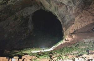 Пещера Шондонг самая большая во Вьетнаме
