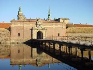 Ворота в замок Кронборг (замок Гамлета)
